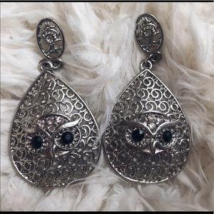 Owl 🦉 earrings w/ black rhinestone 🧚🏼♀️